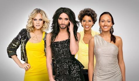 da sinistra: Mirjam Weichselbraun, Conchita Wurst, Arabella Kiesbauer e Alice Tumler.